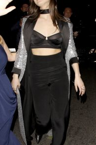 hailee-steinfeld-nip-slip-at-grammy-after-party-11