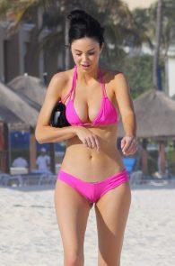jayde-nicole-camel-toe-in-pink-bikini-cancun-21
