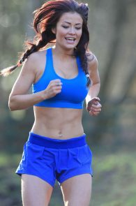 jess-impiazzi-nipple-pokes-while-working-out-07