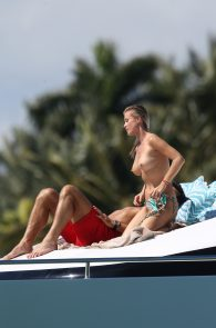 joanna-krupa-topless-on-a-yacht-in-miami-05
