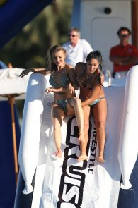 joanna-krupa-topless-on-a-yacht-in-miami-32