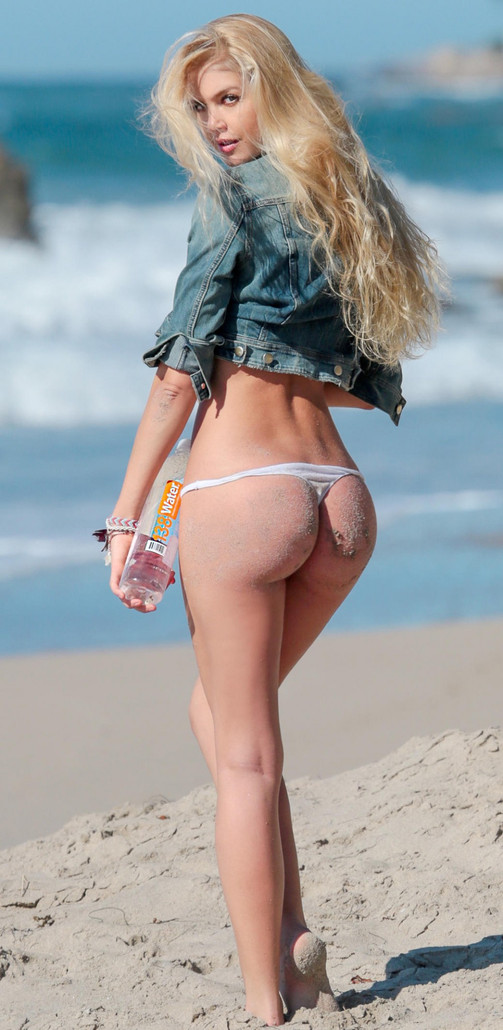 kat-torres-138-water-photo-shoot-in-malibu-21