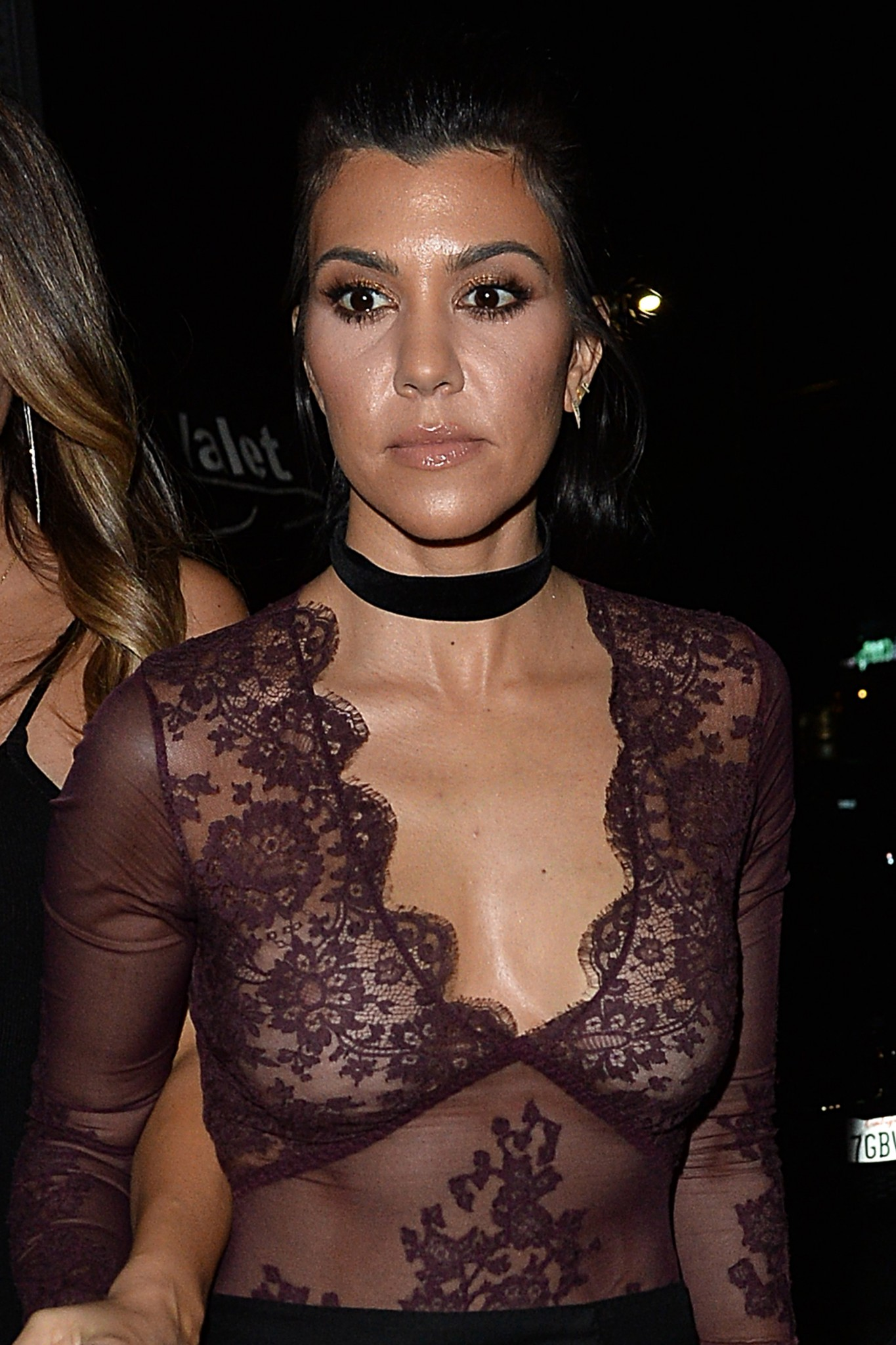 kourtney-kardashian-braless-see-through-to-nipples-04