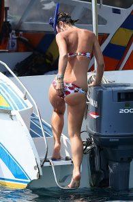 myleene-klass-bikini-pictures-in-thailand-12