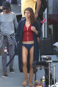 alexandra-daddario-bikini-bottom-on-the-set-of-baywatch-miami-12