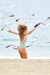 bella-thorne-one-piece-bikini-photo-shoot-in-malibu-06