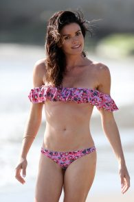 courtney-robertson-wearing-a-bikini-in-malibu-22