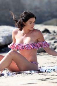 courtney-robertson-wearing-a-bikini-in-malibu-33