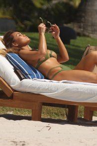 daphne-joy-wearing-a-green-bikini-in-punta-mita-11