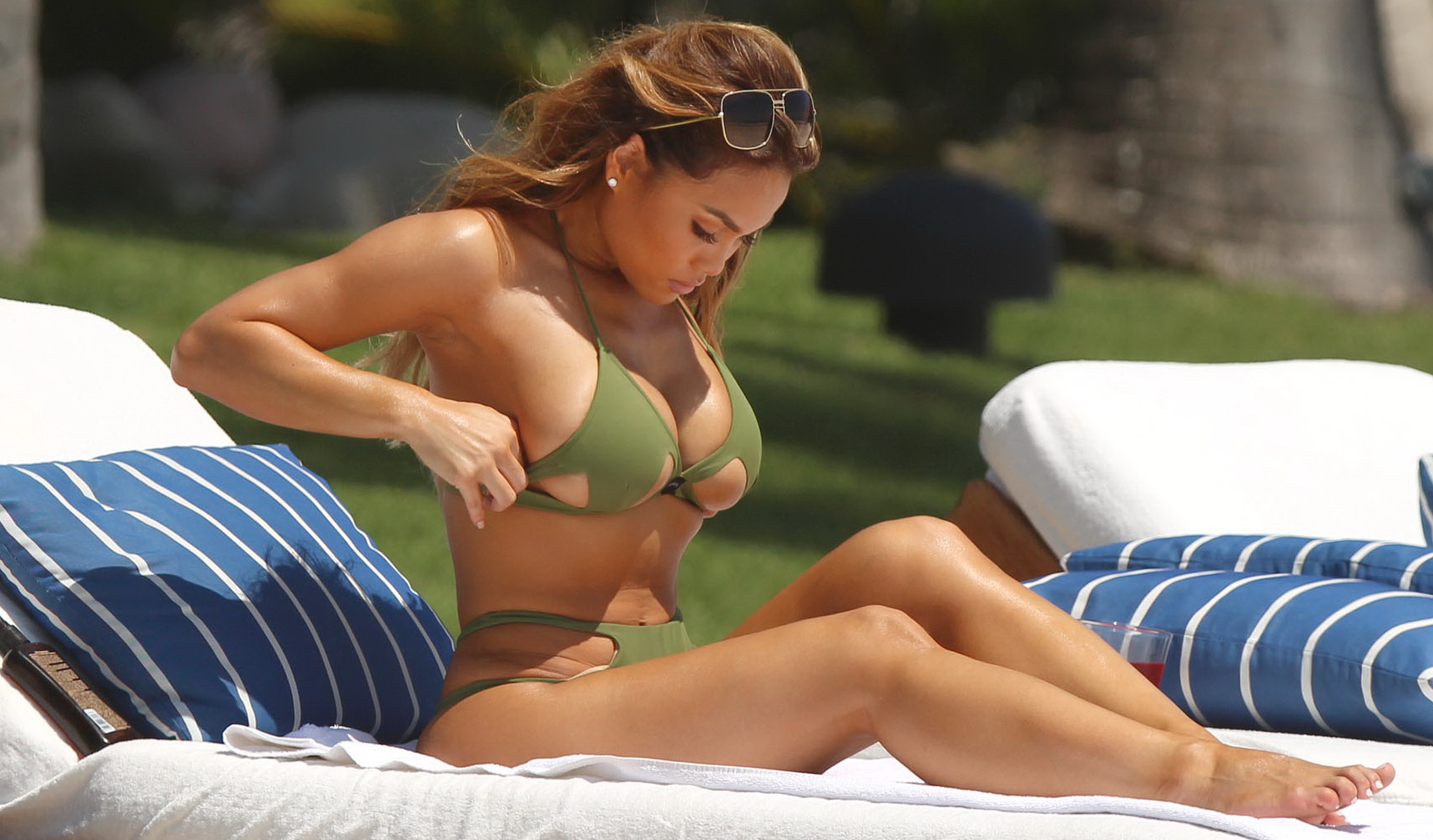 daphne-joy-wearing-a-green-bikini-in-punta-mita-24