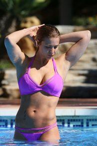 gemma-atkinson-bikini-pokies-in-marbella-26