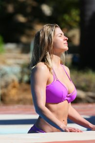 gemma-atkinson-bikini-pokies-in-marbella-28