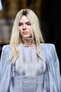 kendall-jenner-see-through-top-at-balmain-show-09
