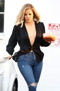 khloe-kardashian-pokies-leaving-a-studio-in-van-nuys-04