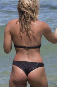 natasha-oakley-and-devin-brugman-wearing-black-bikinis-on-mondi-beach-06