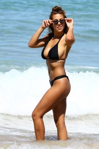 natasha-oakley-and-devin-brugman-wearing-black-bikinis-on-mondi-beach-25