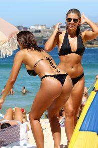 natasha-oakley-and-devin-brugman-wearing-black-bikinis-on-mondi-beach-43