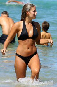 natasha-oakley-and-devin-brugman-wearing-black-bikinis-on-mondi-beach-45