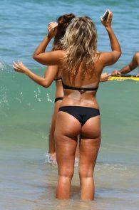 natasha-oakley-and-devin-brugman-wearing-black-bikinis-on-mondi-beach-50