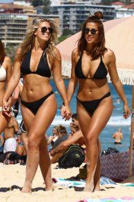 natasha-oakley-and-devin-brugman-wearing-black-bikinis-on-mondi-beach-55