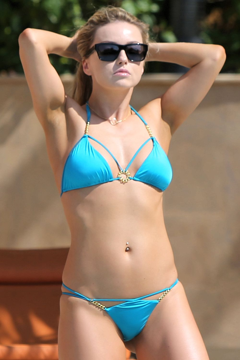 ola-jordan-wearing-a-bikini-in-dubai-06 | celebrity-slips.com