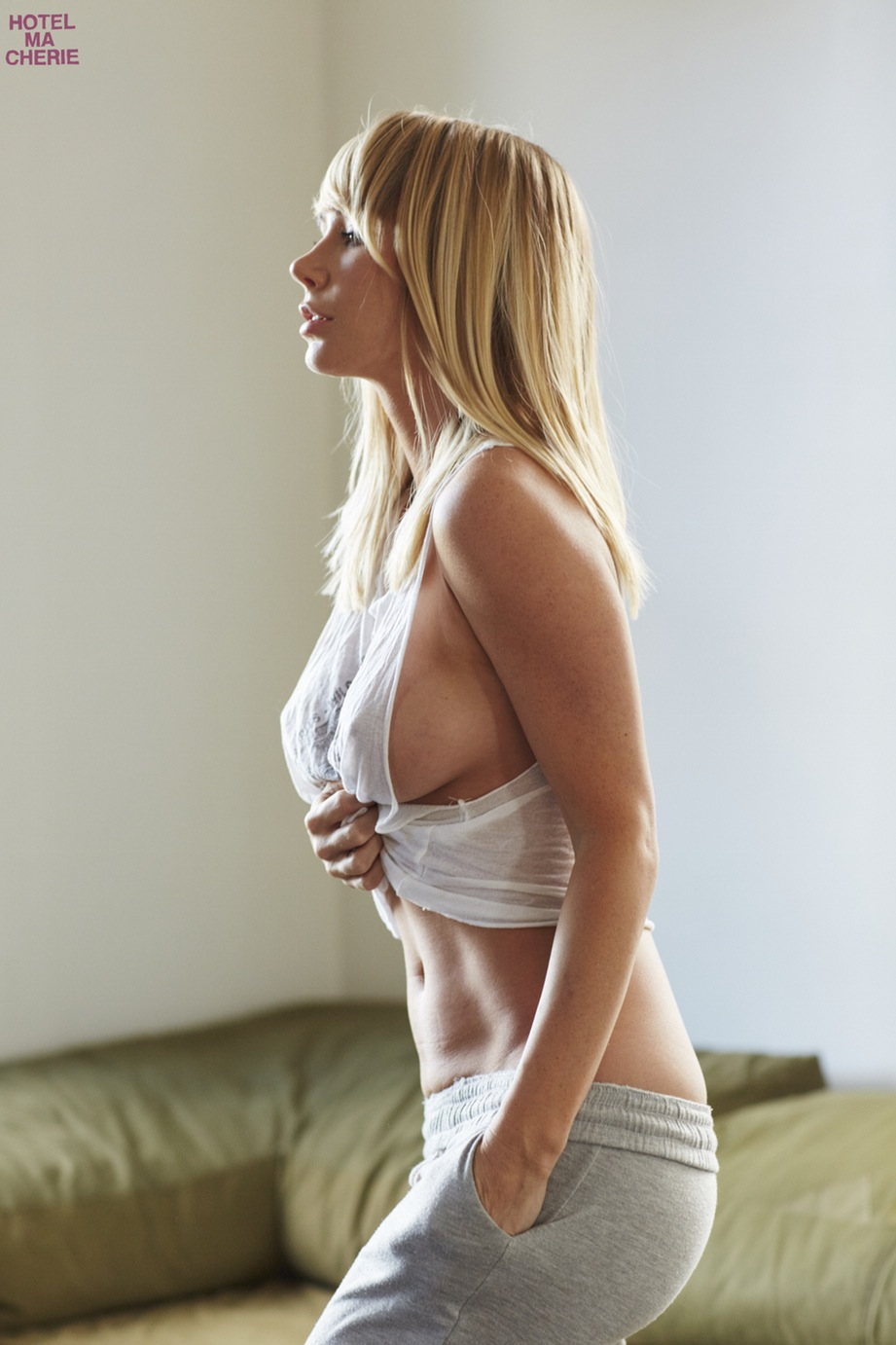 Sara jean underwood nipples