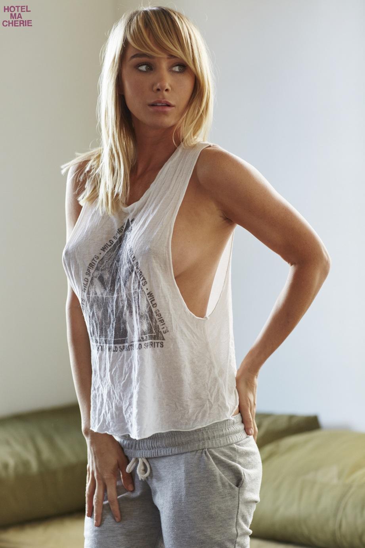 Sara-Underwood-Pokies-Hotel-Ma-Cherie-March-Photoshoot-42  Celebrity-Slipscom-6104