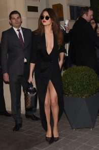 selena-gomez-cleavage-and-upskirt-in-paris-05