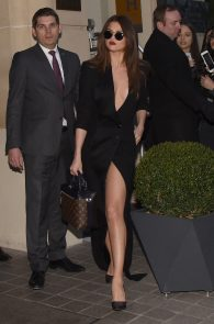 selena-gomez-cleavage-and-upskirt-in-paris-06