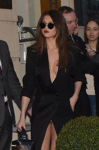 selena-gomez-cleavage-and-upskirt-in-paris-07