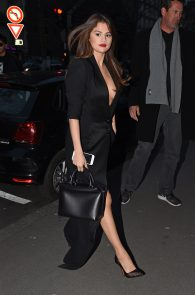 selena-gomez-cleavage-and-upskirt-in-paris-20