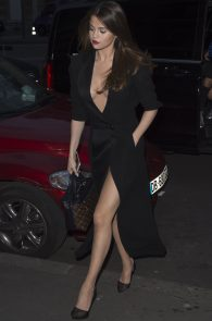 selena-gomez-cleavage-and-upskirt-in-paris-21