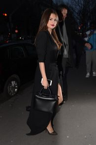 selena-gomez-cleavage-and-upskirt-in-paris-29