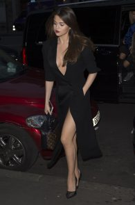 selena-gomez-cleavage-and-upskirt-in-paris-33