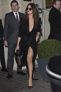 selena-gomez-cleavage-and-upskirt-in-paris-47