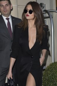 selena-gomez-cleavage-and-upskirt-in-paris-48