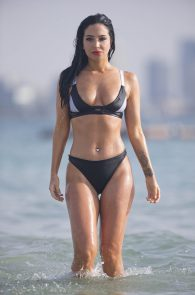 tulisa-contostavlos-wearing-a-bikini-in-dubai-36