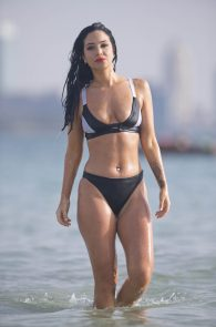 tulisa-contostavlos-wearing-a-bikini-in-dubai-43