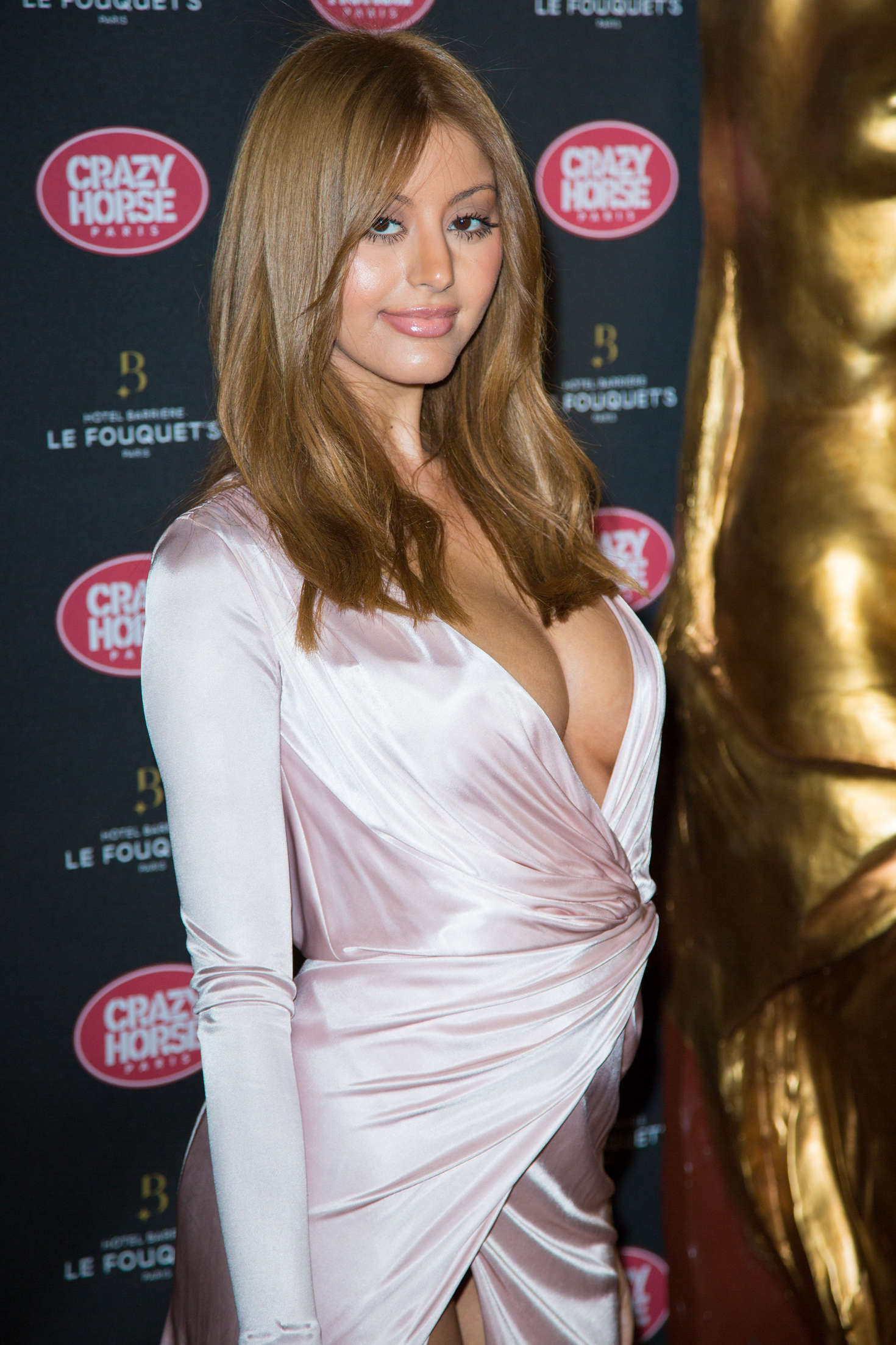 zahia-dehar-areola-slip-pussy-slip-at-crazy-horse-in-paris-28