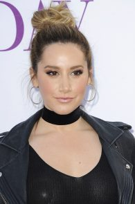 ashley-tisdale-nipple-pasties-at-mother-s-day-premiere-19