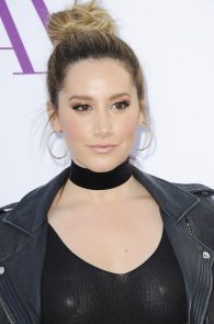 ashley-tisdale-nipple-pasties-at-mother-s-day-premiere-21