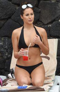 chloe-goodman-ass-in-bikini-poolside-in-lanzarote-07