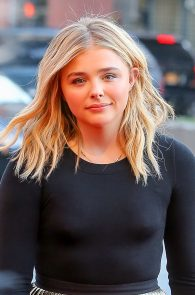 chloe-moretz-slight-pokies-at-first-monday-in-may-premiere-at-tribeca-film-festival-17