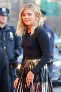 chloe-moretz-slight-pokies-at-first-monday-in-may-premiere-at-tribeca-film-festival-3