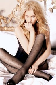 elsa-hosk-braless-in-see-through-top-guess-campaign-03