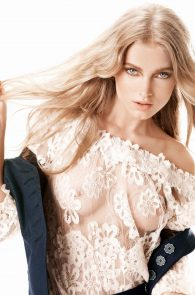 elsa-hosk-braless-in-see-through-top-guess-campaign-05