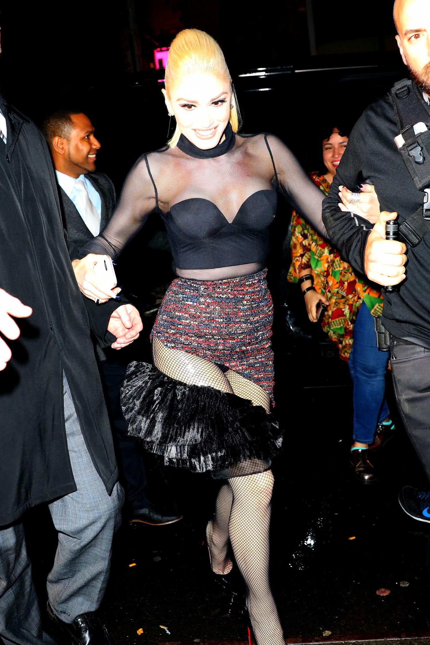 Gwen Stefani Upskirt 94
