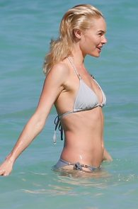 kate-bosworth-wearing-a-bikini-in-hawaii-05