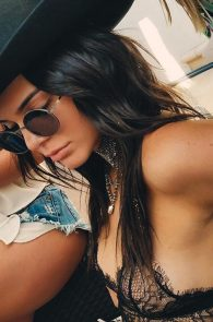 kendall-jenner-see-through-top-at-coachella-02