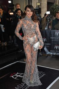 lizzie-cundy-braless-see-through-to-nipples-and-thong-asian-awards-in-london-03